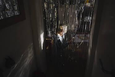 Little boy at home - JOSEF00328