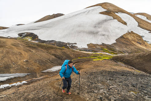 Male Backpacker Hike Laugavegur Trail Near Landmannalaugar - CAVF80644