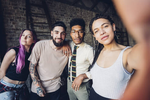 Selfie portrait of happy diverse friends - MEUF00746