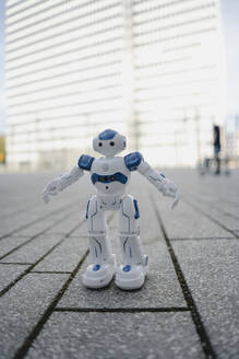 Mini robot on a square in the city - JOSEF00868