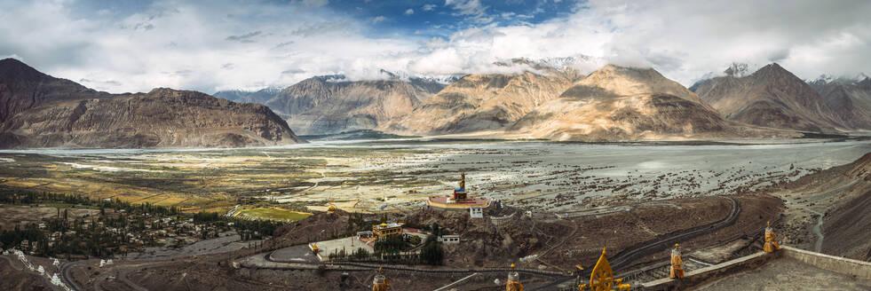 India, Ladakh, Leh, Panoramic view of Nubra Valley - EHF00479