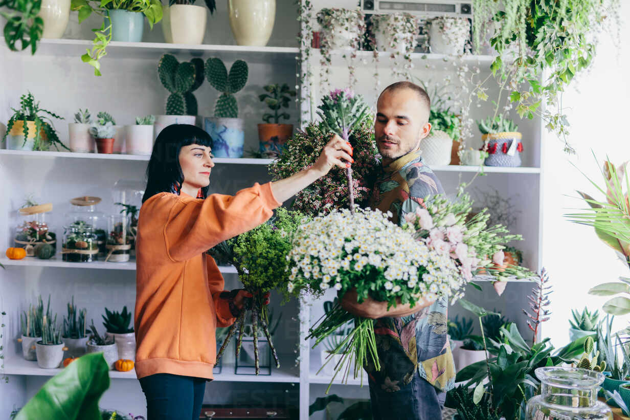 Man And Woman Making Bouquets In The Flower Shop Small Business Owners Creative Job Retailing Adsf02625