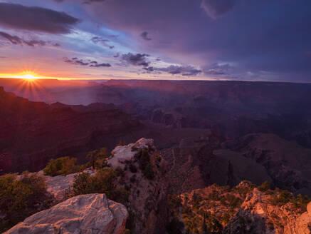 USA, Arizona, Grand Canyon at sunset - TOVF00209