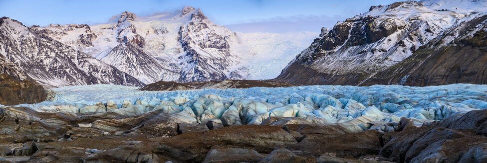 Panoramic view of glacier tongue, Iceland - TOVF00220