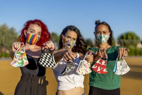 Madrid Spain, enterprising women design masks. - OCMF01721