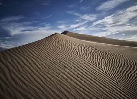 Natural wave pattern on sand of Cadiz Dunes at Mojave Desert, Southern California, USA - BCDF00479