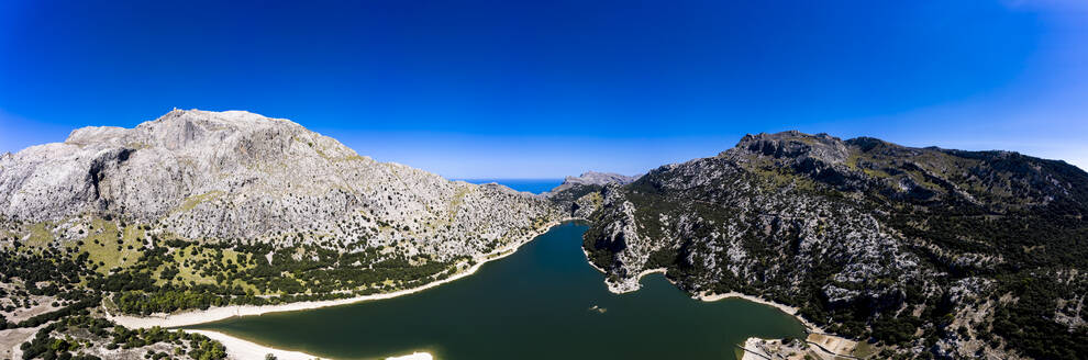 Spain, Balearic Islands, Helicopter view ofGorg Blau reservoir in summer - AMF08642