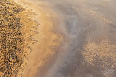 Australia, Northern Territory, Aerial view of Lake Amadeus in Uluru-Kata Tjuta National Park - FOF12092