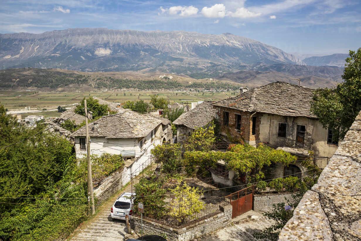 Town at Mali I Gjere, Gjirokaster, Albania - MAMF01637 - Maria Maar/Westend61